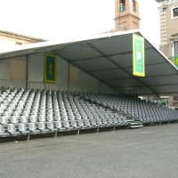 tribuna con sedili